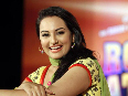 Sonakshi Sinha at film ROWDY RATHORE first look launch at BDD Chawl Grounds in Mumbai Image