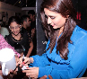Kareena Kapoor signing autographs for her fans at the STRUT dance academy event in Mumbai  Photo