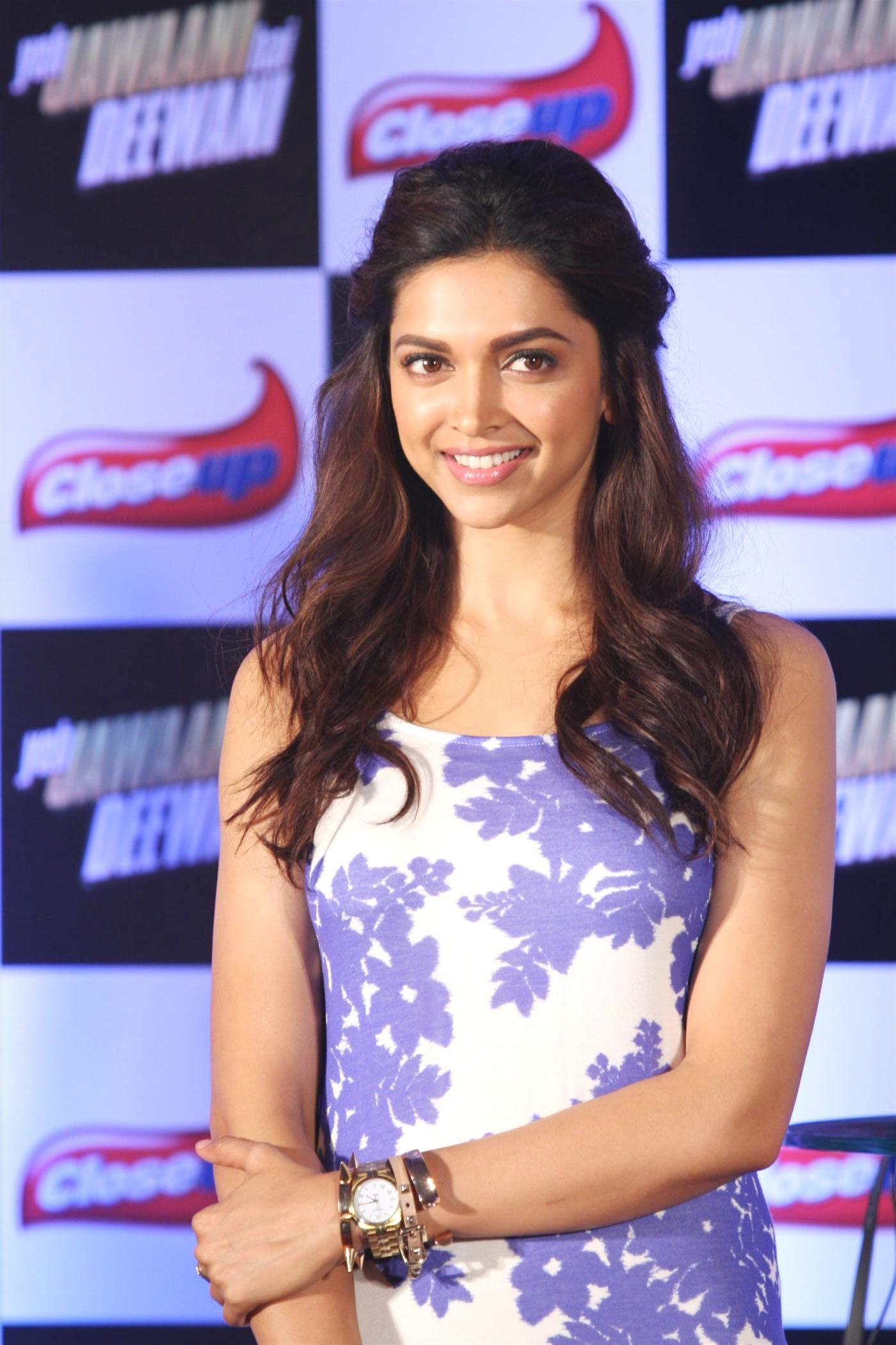 Deepika padukone click to view full size voltagebd Gallery