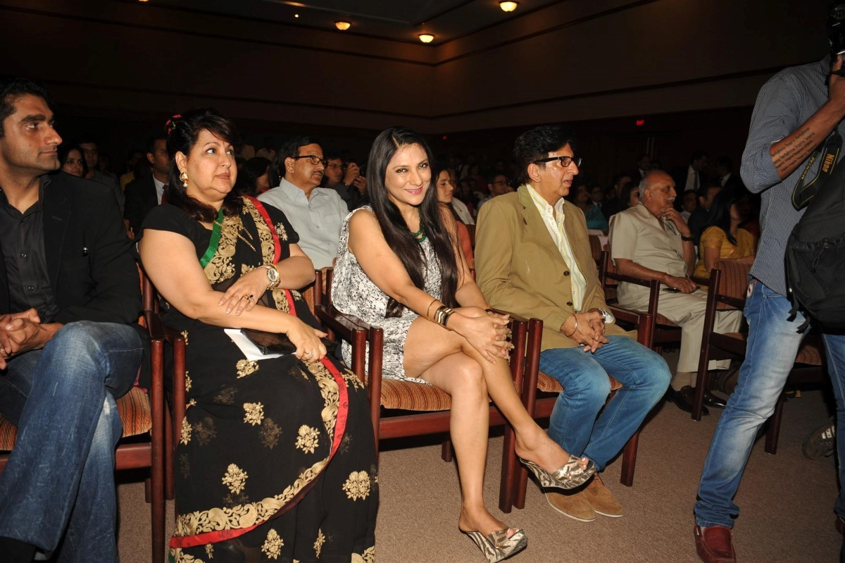 aarti gupta surendranath at yes bank i am the change film