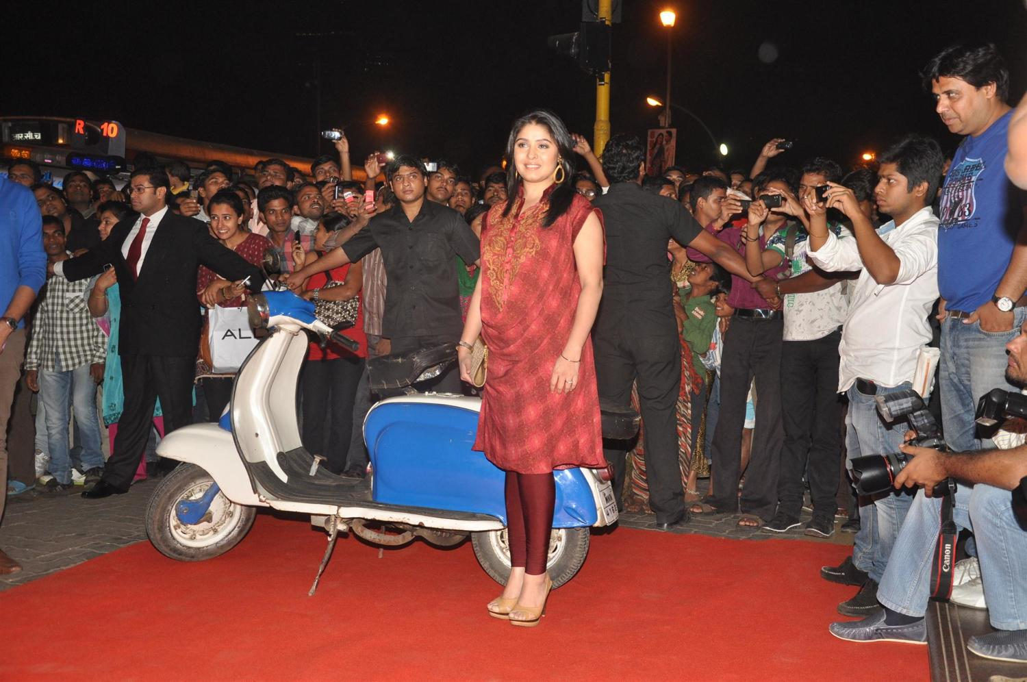 Singer Sunidhi Chauhan at the music launch of film SPECIAL 26 at