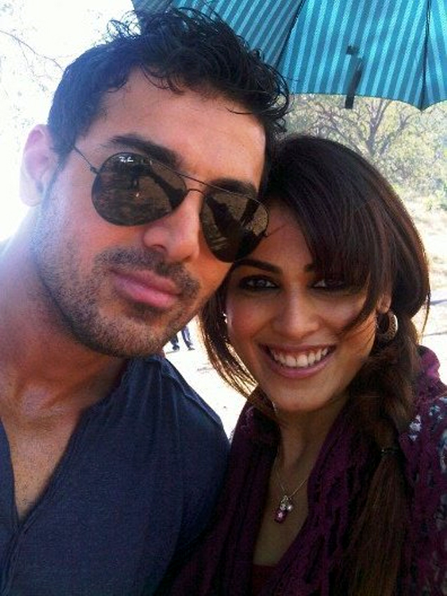 Genelia D Souza and John Abraham ForceGenelia Hairstyle In Force
