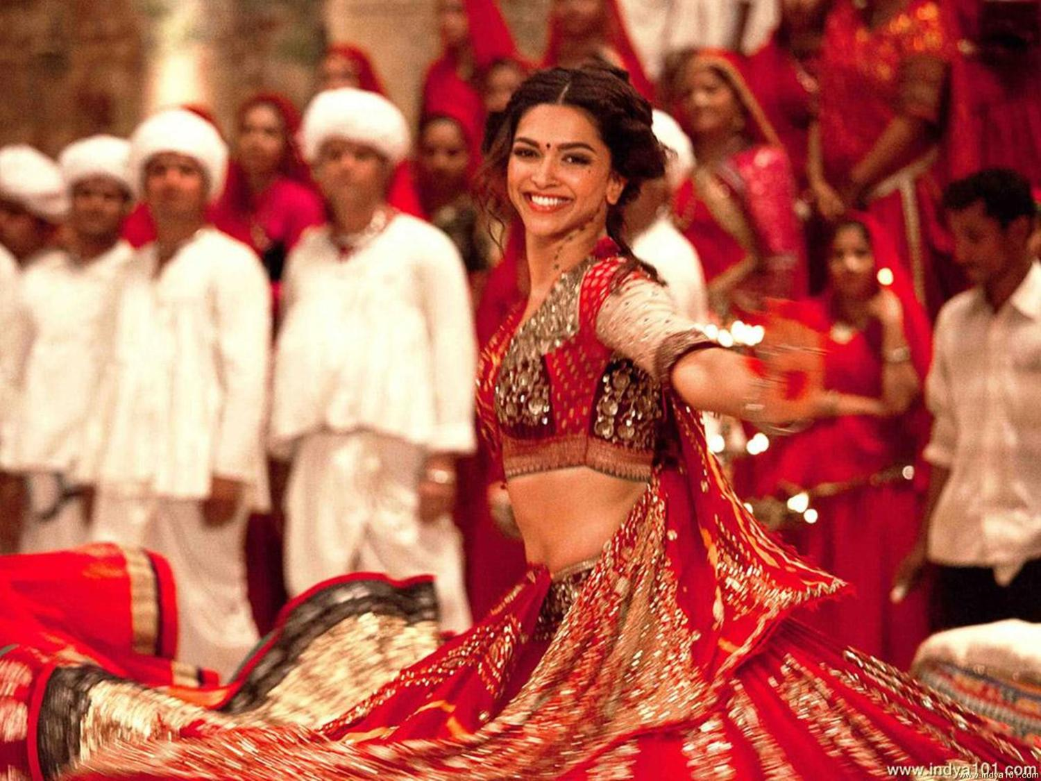 Deepika Padukone Ram Leela Movie Photo : ram leela on Rediff Pages