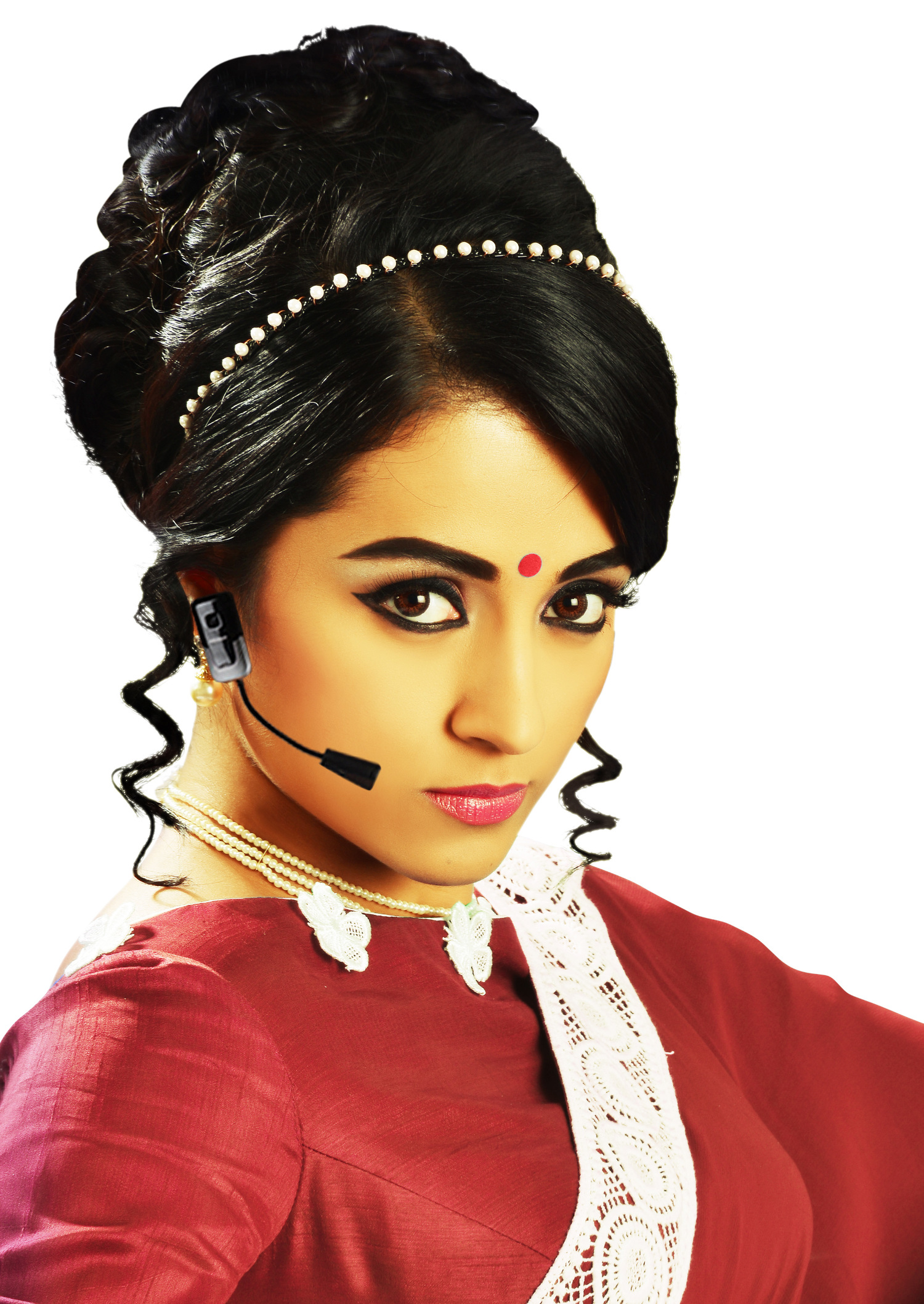Trishna Film Nayaki Wallpaper : nayaki on Rediff Pages
