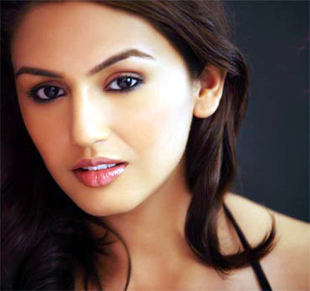 Huma Qureshi Photo