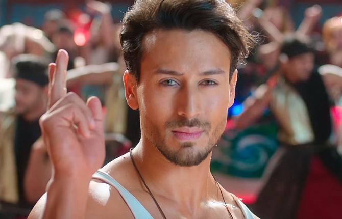 Hrithik Roshan   Tiger Shroff War Movie Jai Jai ShivShankar Song Pics  17