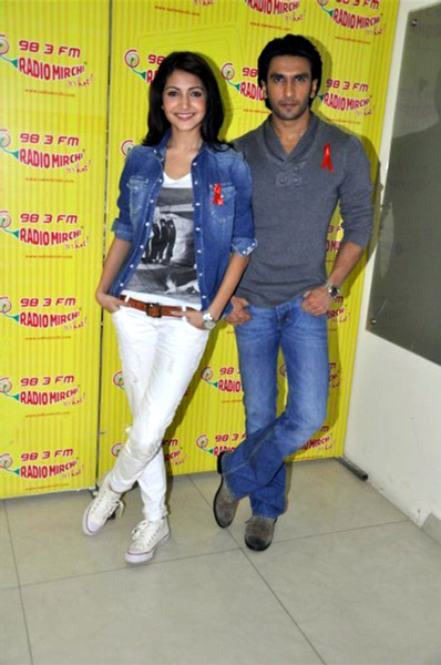 Anushka Sharma with Ranveer Singh promoting Ladies vs Ricky Bahl