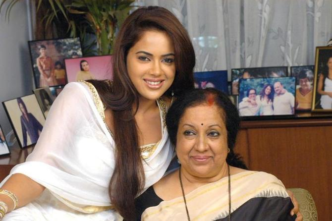 Sameera Reddy on mothers day