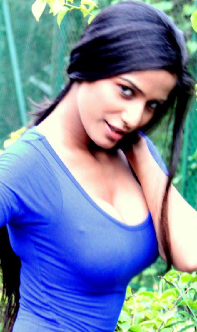 Poonam Pandey Hottest Image
