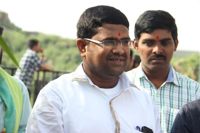 Poonam Pandey  s new film Opening  43