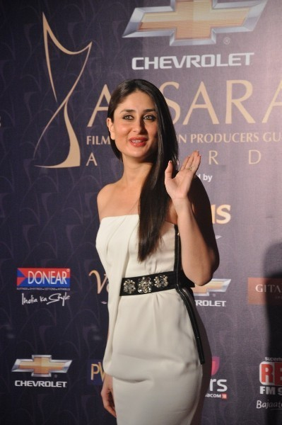 Kareena Kapoor At Apsara Film TV Producers Guild Awards 2012 At Yash Raj Studios In Mumbai Pic