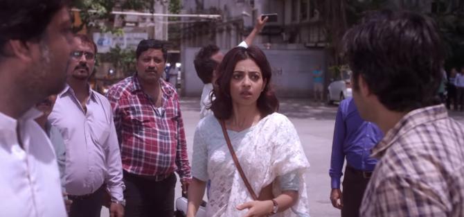 Radhika Apte Bombairiya Hindi Movie Photos  40