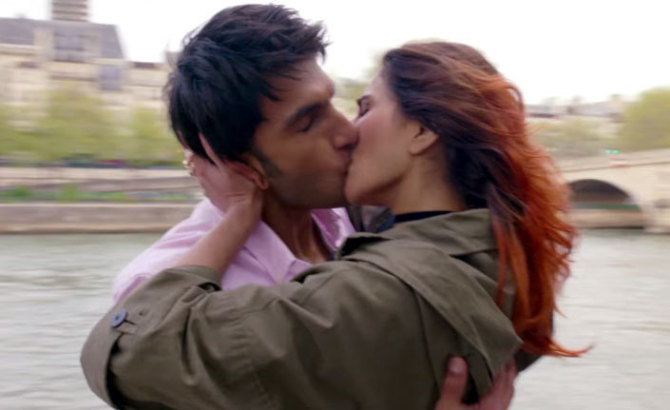Vaani Kapoor  Ranveer Singh BEFIKRE Movie Stills  26