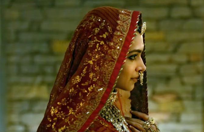 Deepika Padukone PADMAAVAT movie Stills  18