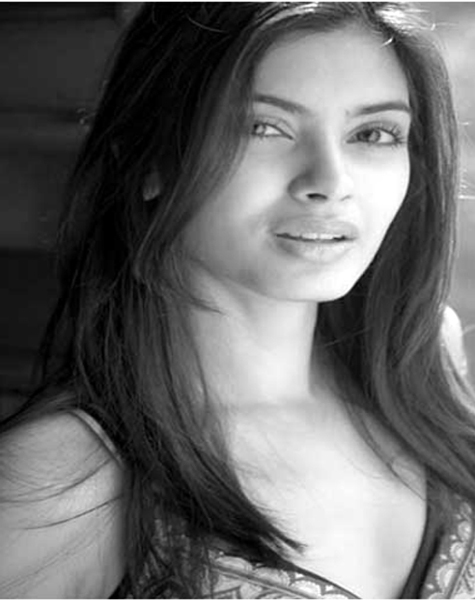 Diana Penty Hottest Pic