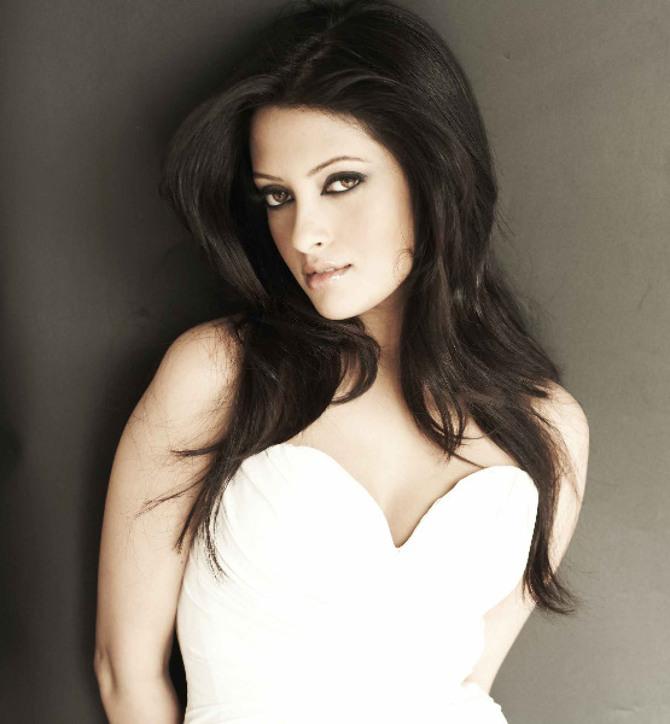 Riya Sen Hot Look