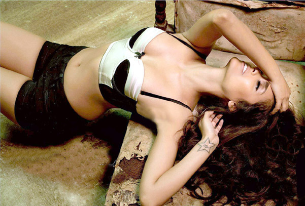 Esha Gupta Photoshoot for MAXIM Magzine June 2012 Photo