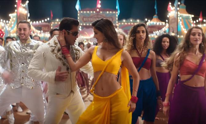 Salman Khan  Disha Patani starrer Bharat Movie Slow Motion Song 9