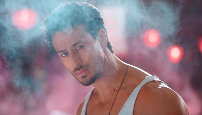 Hrithik Roshan   Tiger Shroff War Movie Jai Jai ShivShankar Song Pics  16