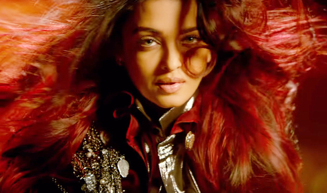 Aishwarya Rai Bachchan Fanney Khan Movie First Look