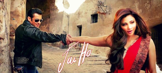 Daisy Shah Jai Ho Film Song Tere Naina Still