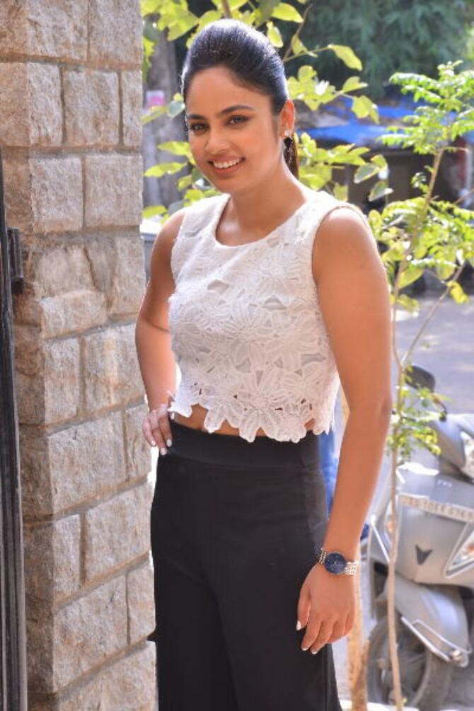 Bluff Master Heroine Naditha Swetha Interview Stills    26