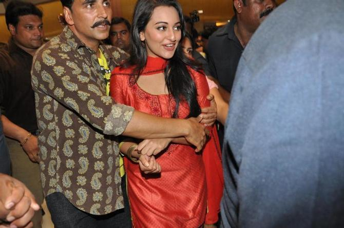 Akshay Kumar gropping Sonakshi Sinha at the shoot integration of SONY Channel TV Serial CID with their film Rowdy Rathore at Raghuleela Mall in Mumbai Photo