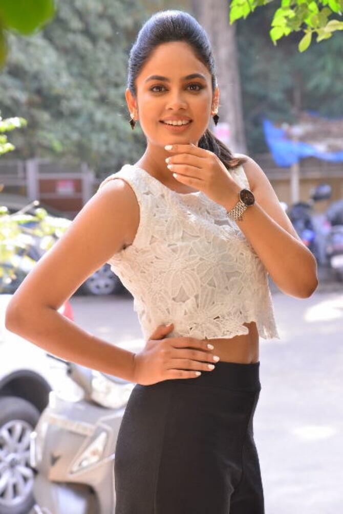 Bluff Master Heroine Naditha Swetha Interview Stills    36