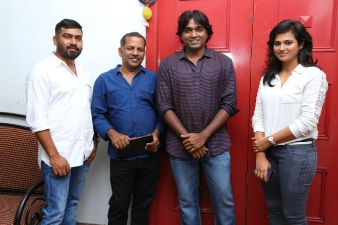 AanDhevadhai Tamil Movie  hotos  4