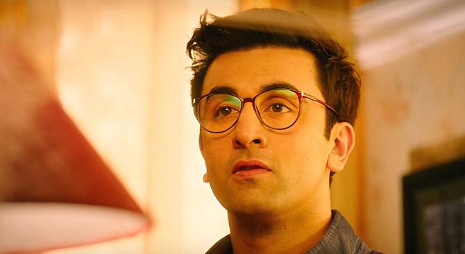 Ranbir Kapoor Jagga Jasoos Movie Khaana Khaake Song Pics   17