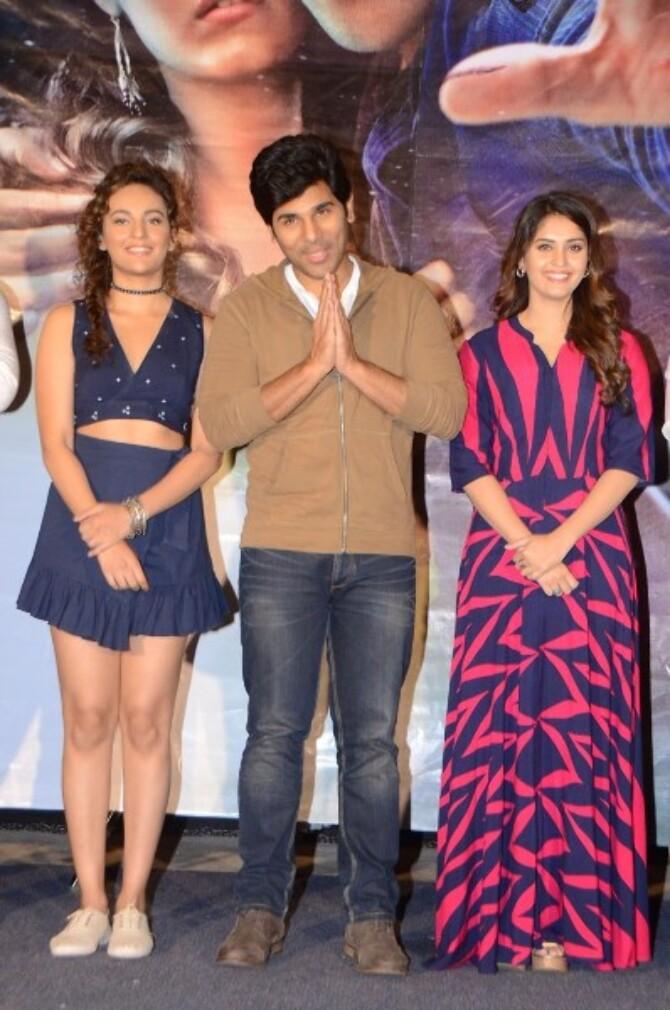 Okka Kshanam  Movie Tease Launch  29