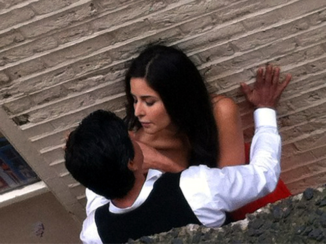 Shahrukh Khan Katrina Kaif Jab Tak Hai Jaan Movie Stills