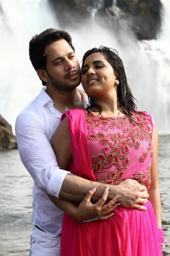 Pottu Tamil Movie Photos  4