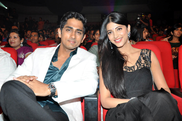 Oh My Friend Siddharth Narayan Shruti Haasan Pic
