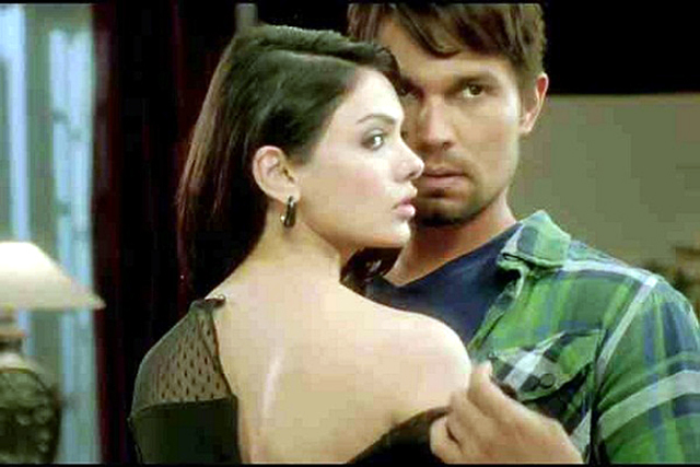 randeep hooda sara loren murder 3 hot pic murder 3 on