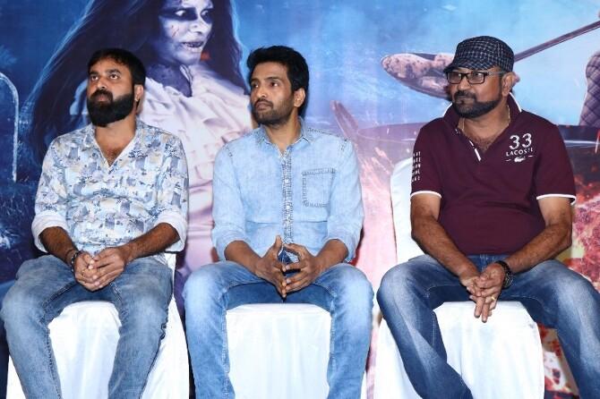 Dhilluku Dhuddu 2 Tamil Movie  11