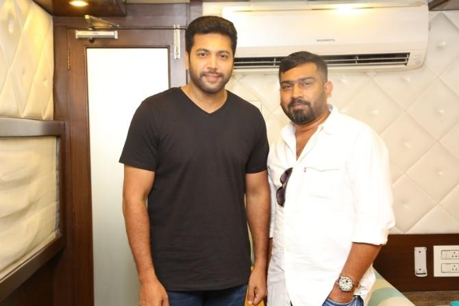 AanDhevadhai Tamil Movie  hotos  1
