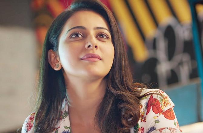 Rakul Preet Singh Sidharth Malhotra Aiyaary Movie Songs Photos  11