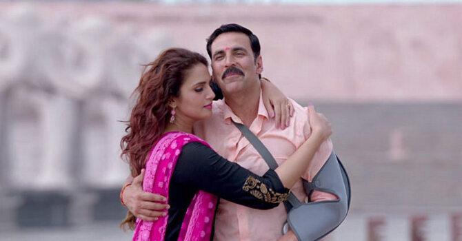 Huma Qureshi and Akshay Kumar Jolly LLB 2 Movie Song Stills 17