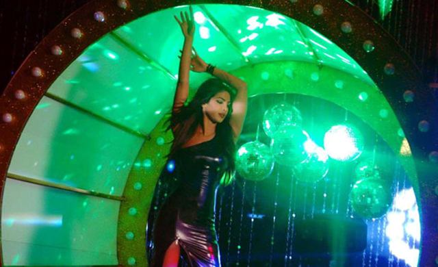 Priyanka Chopra Shootout At Wadala Babli Badmaash Song Image