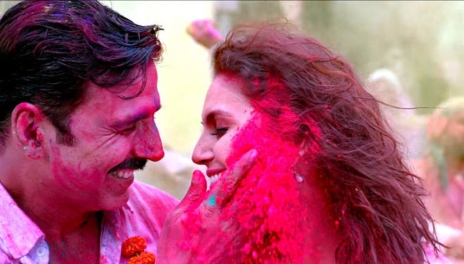 Huma Qureshi  Akshay Kumar Jolly LLB 2 Go Pagal Song Stills  3