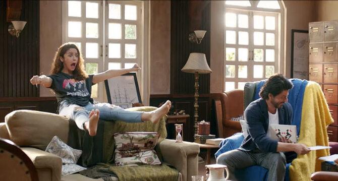 Alia Bhatt  Shah Rukh Khan Dear Zindagi Movie Song Stills  1