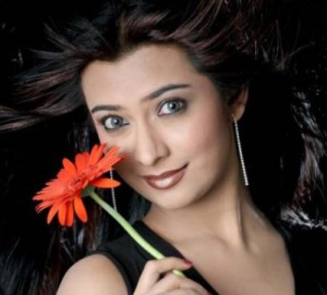 Radhika Pandit 300x271